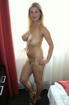 Lovely blonde mother in hot..