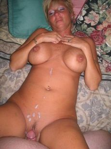 Plump mature lady got fucked hard..